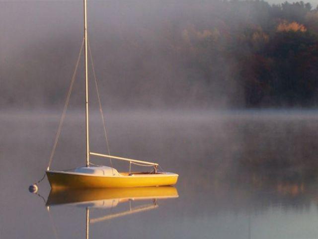 sailboat_at_rest_003